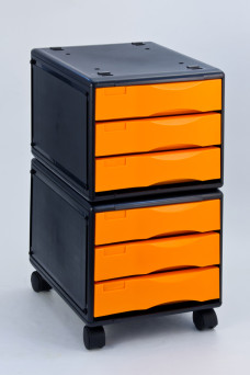 File Cabinet in wheels